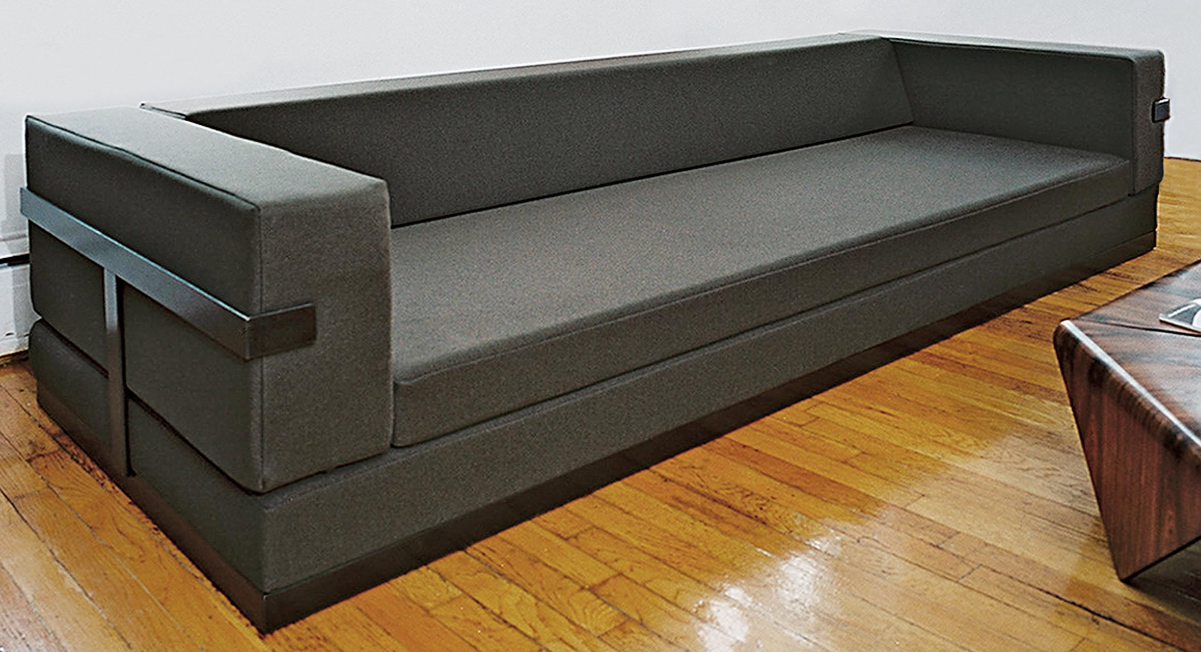 MD_Bruni_Sofa.jpg