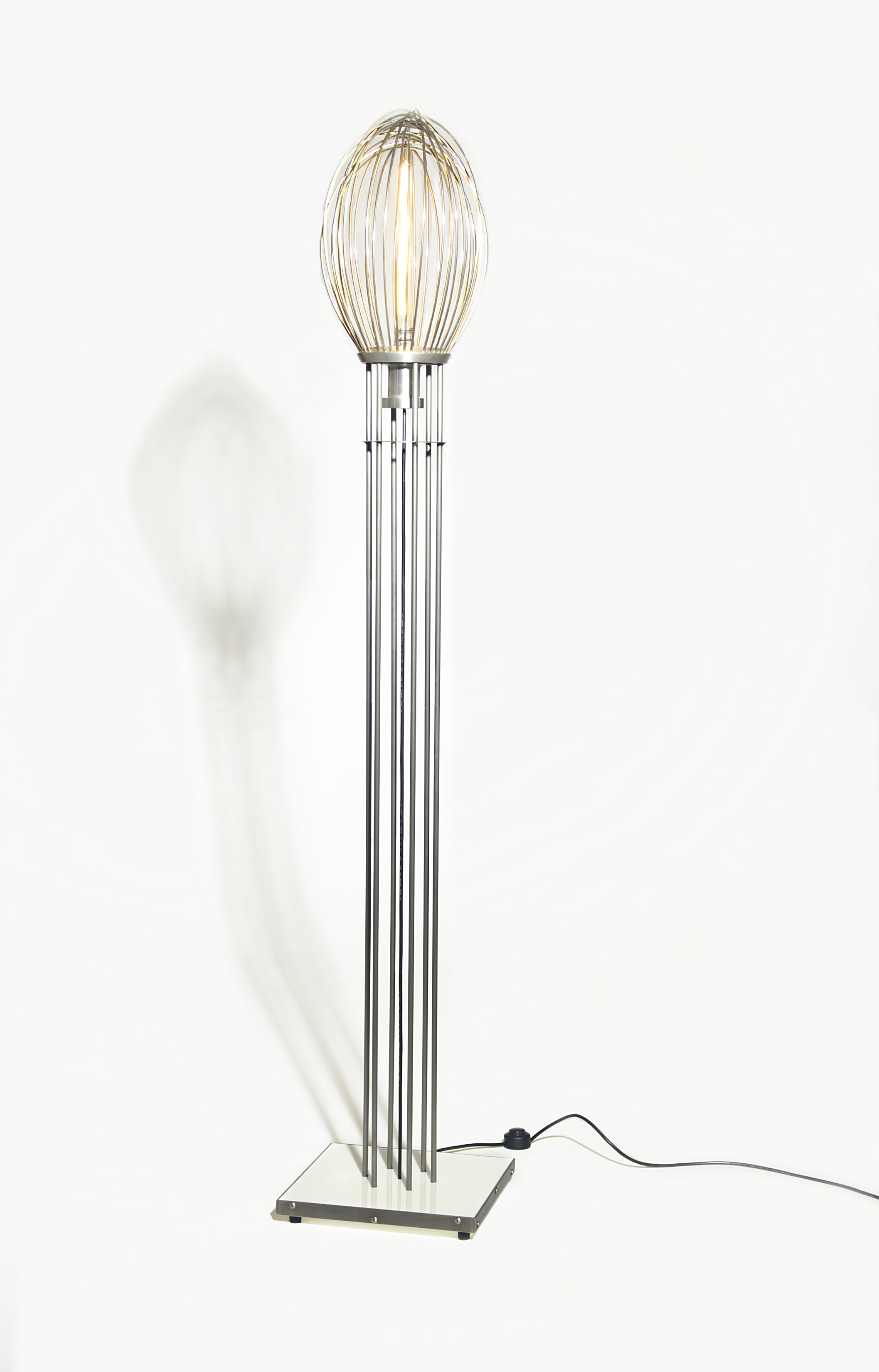 MDMD 60 Qt Whisk Lamp.jpg
