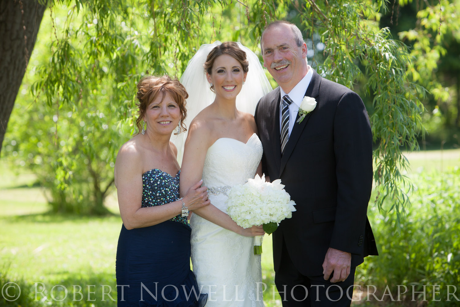 Bride, wedding, Niagara, Robert Nowell Photographer