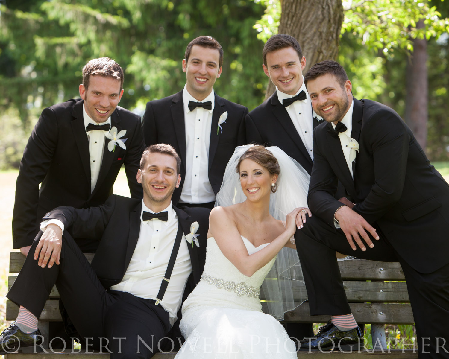 Bride and groomsmen Wedding in Welland photography