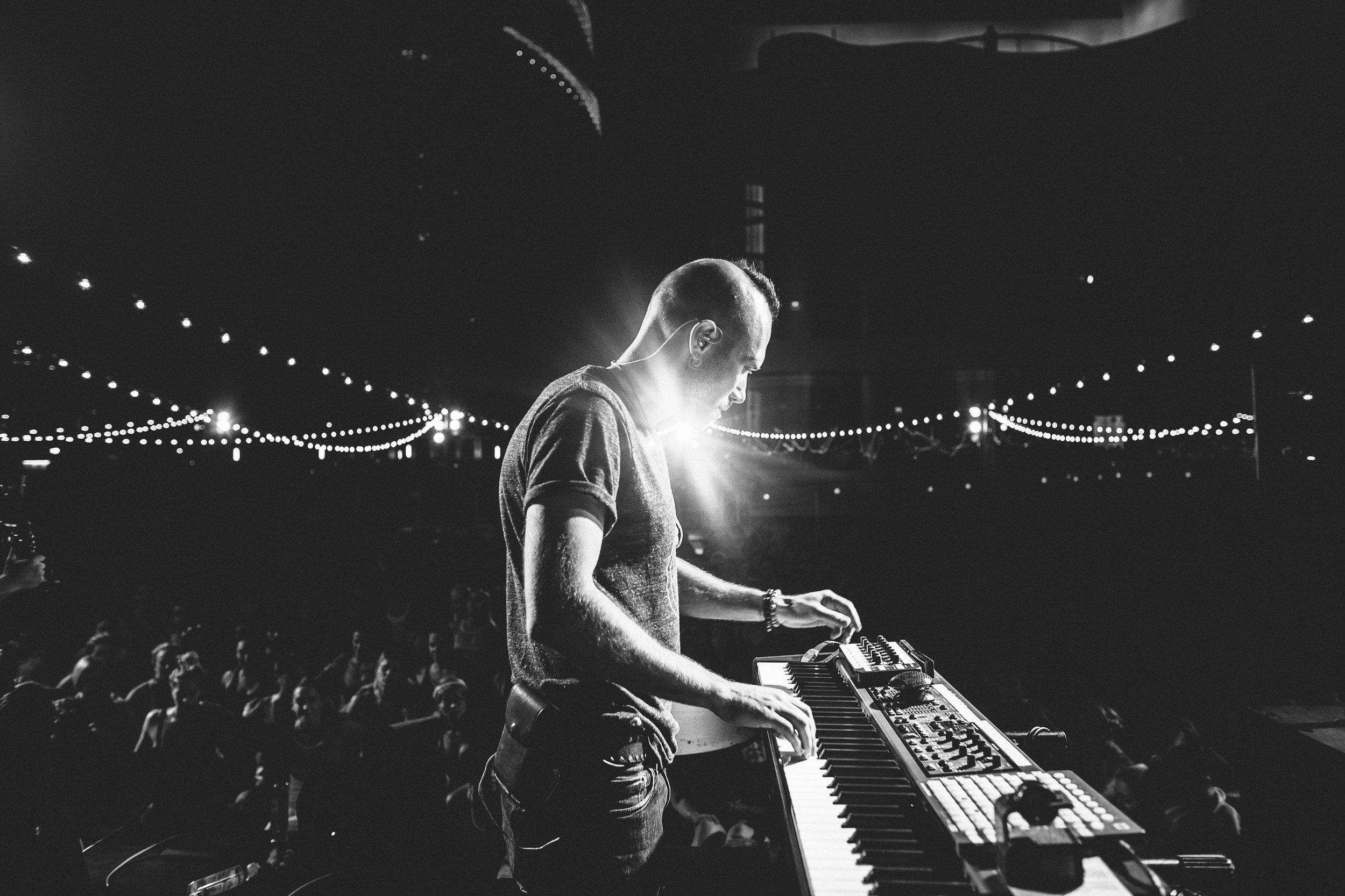 EF-Live-photo by Natalie Moser.jpg