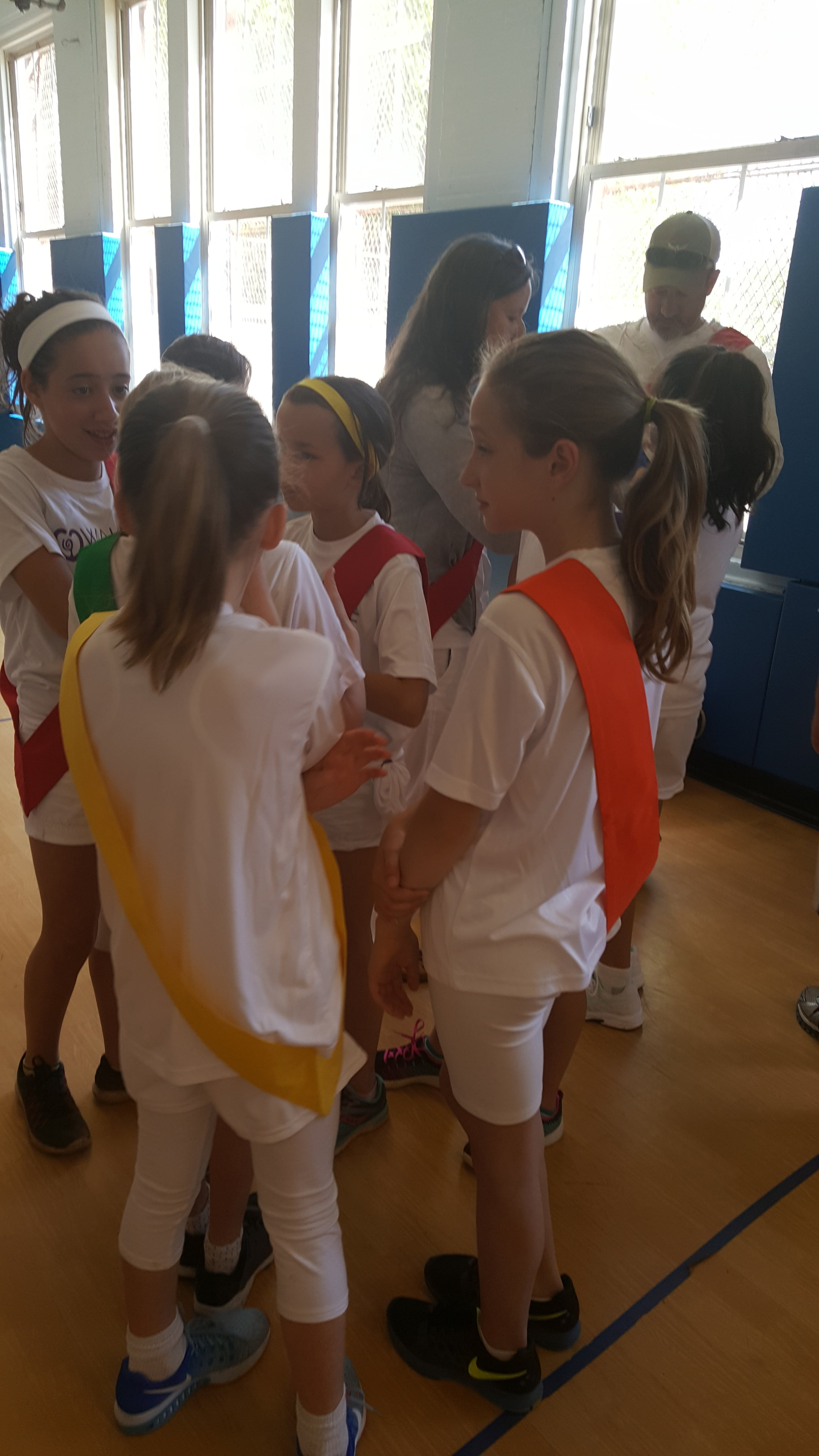 Class 5 MS Greek Olympics 2017 girls.jpg