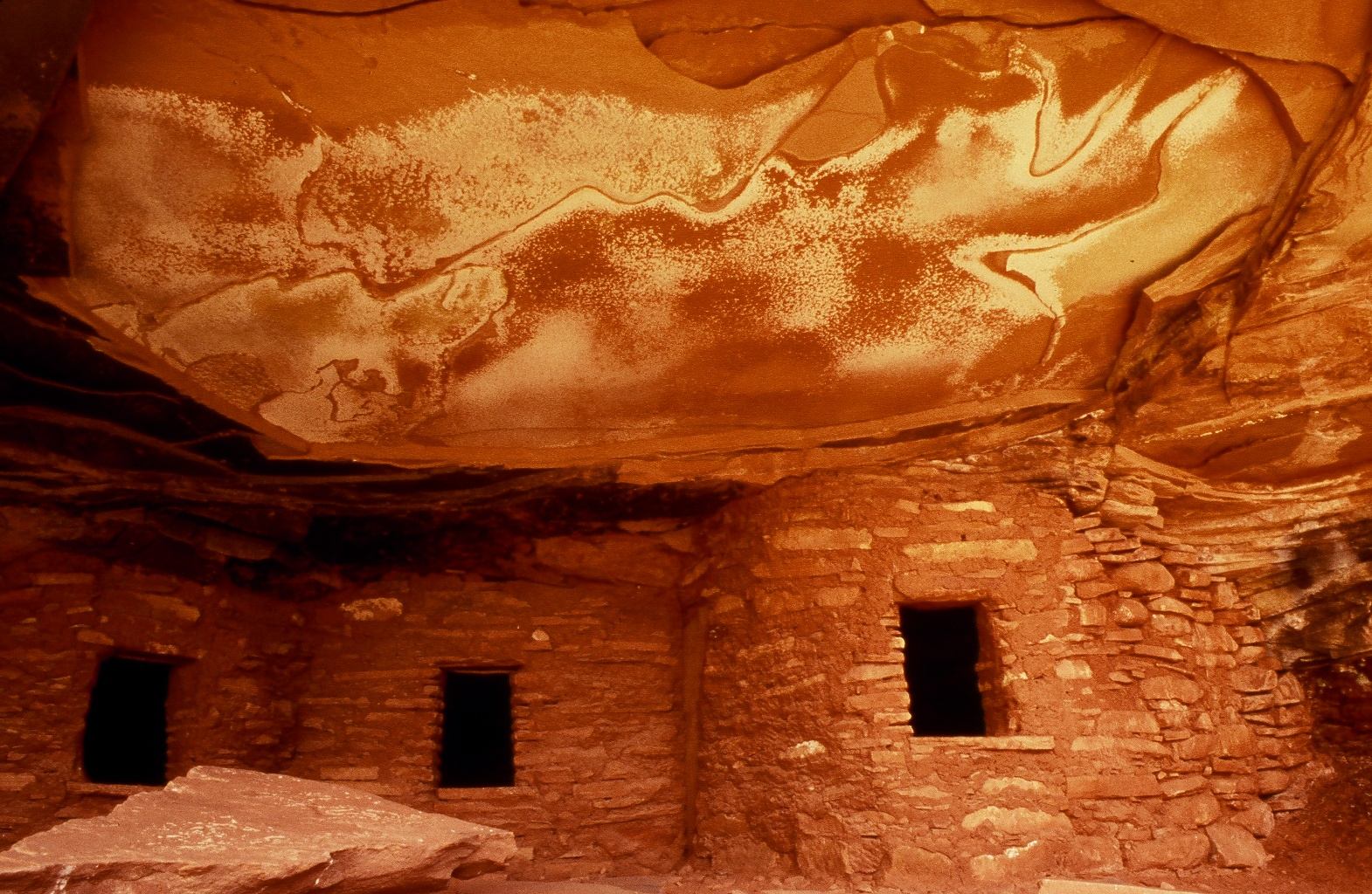 Salt Stained Ruin  | Bears Ears National Monument