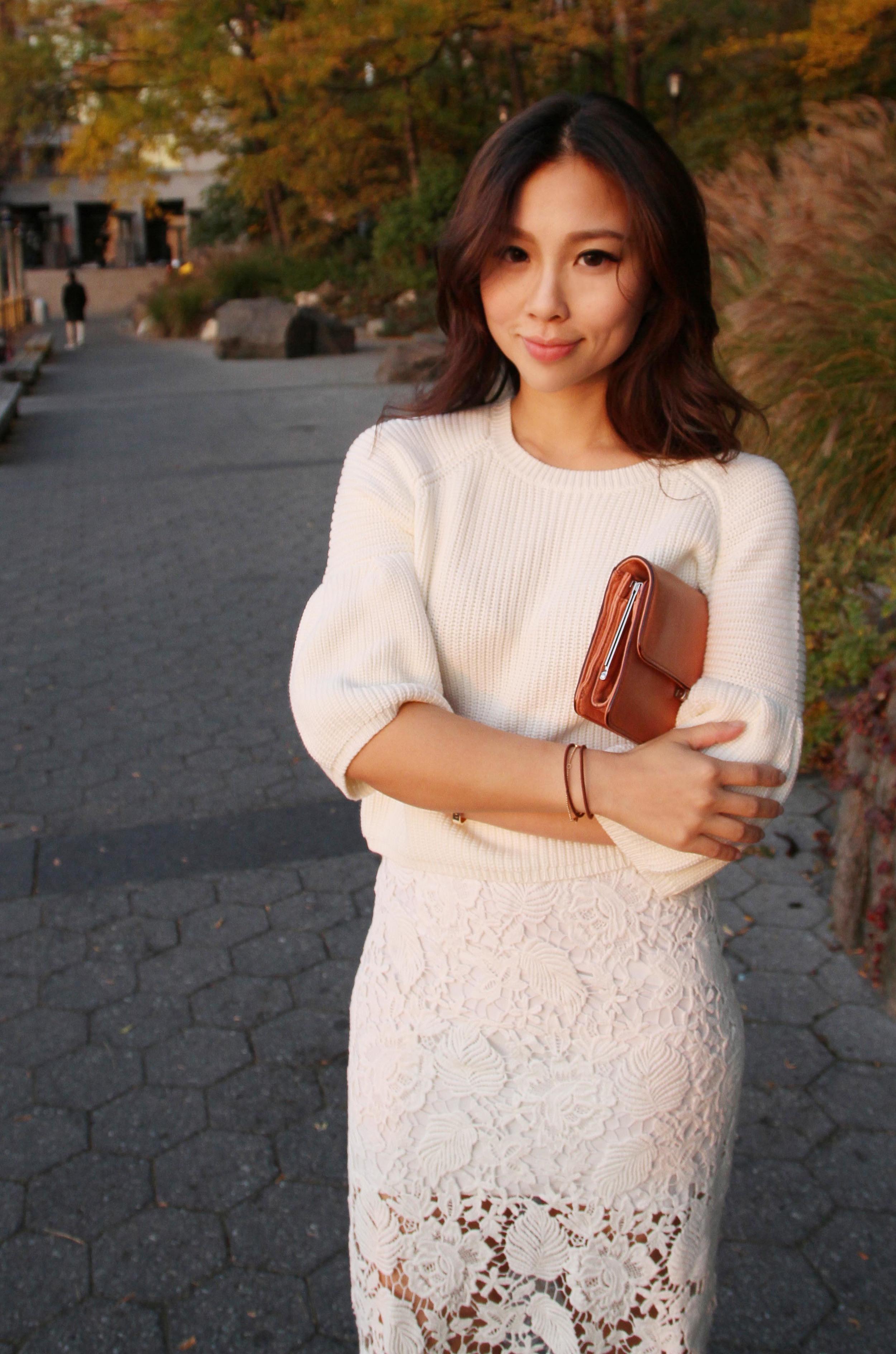 lacy white skirt.jpg