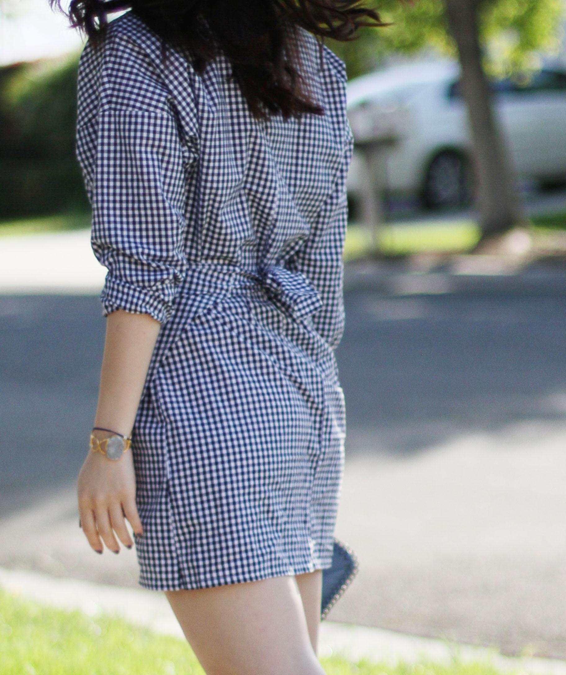 peter pan collar dress.jpg