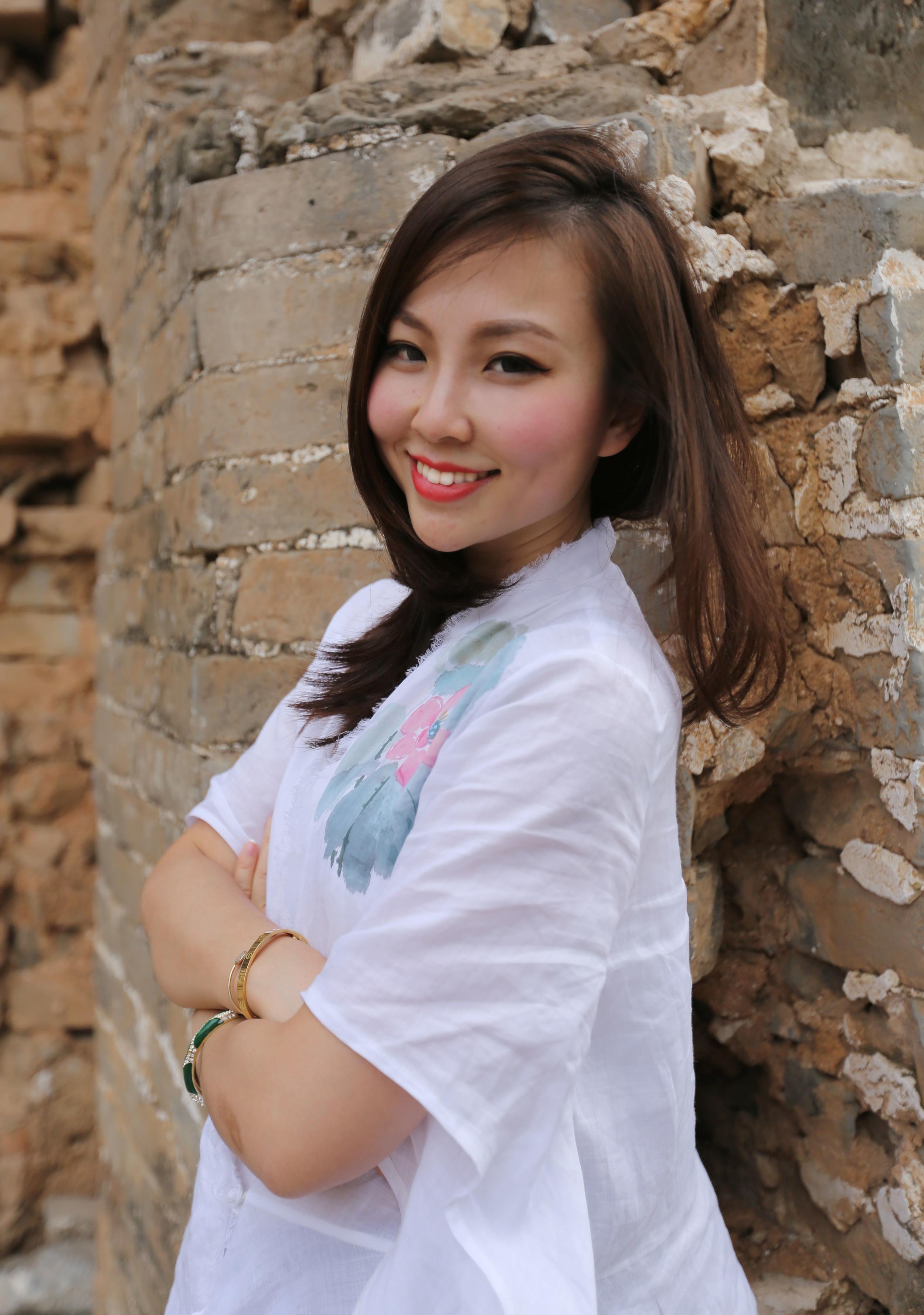 Beijing greatwall jinshanling portrait.jpg