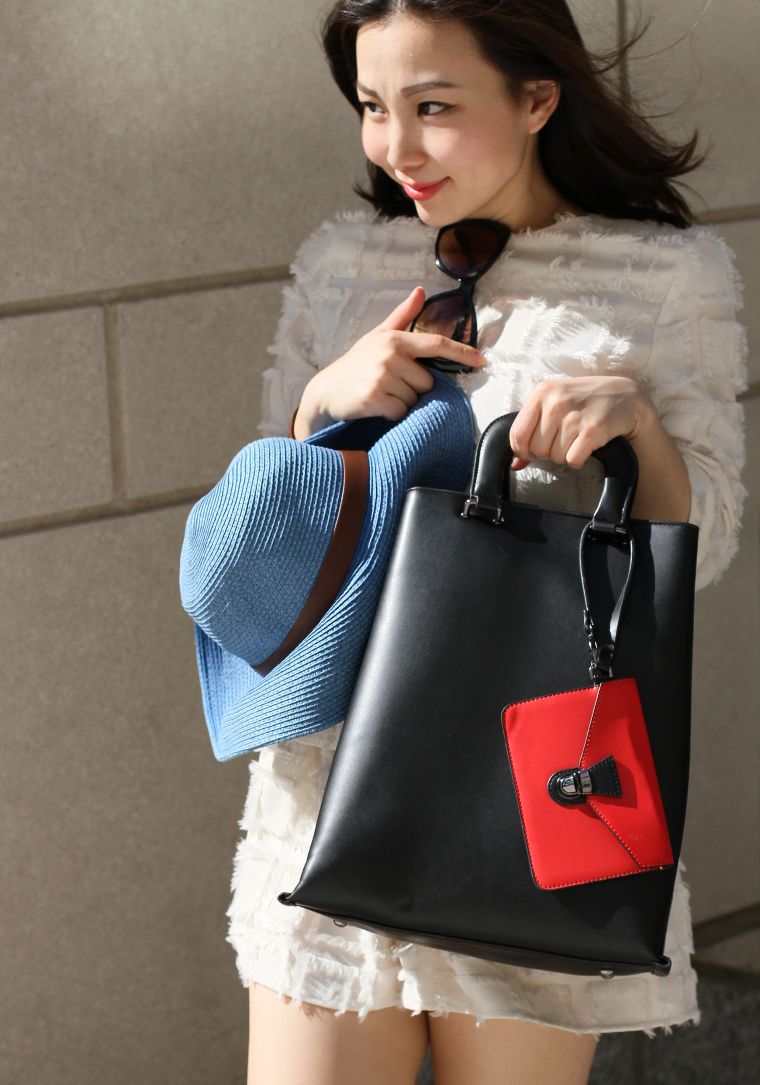black leather tote bag.jpg