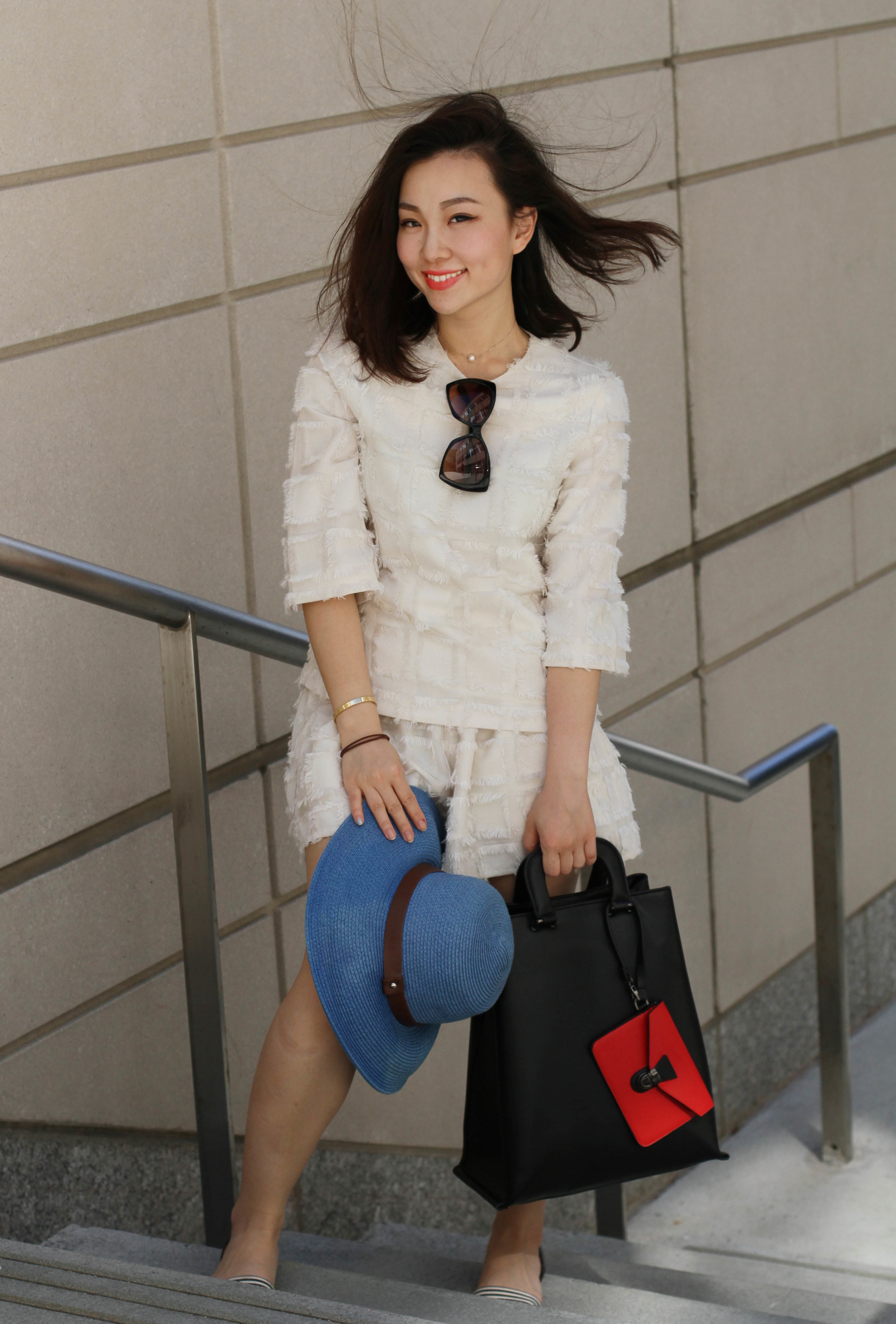 chic practical lace outfit.jpg