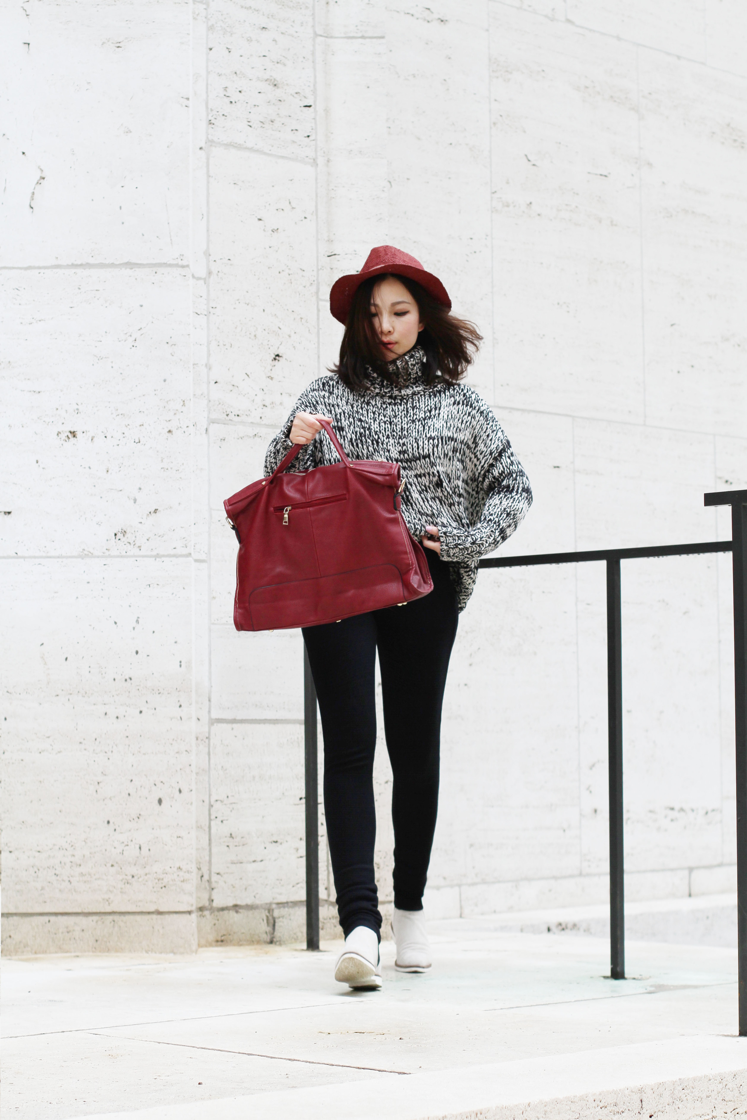 Red suede leather tote1.jpg