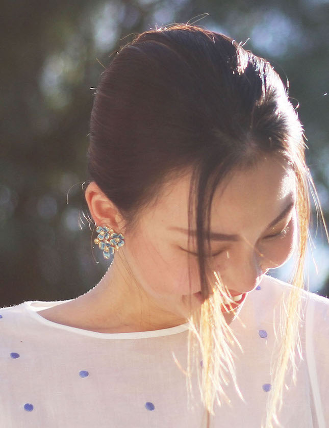 vintage clip on earrings 1.jpg