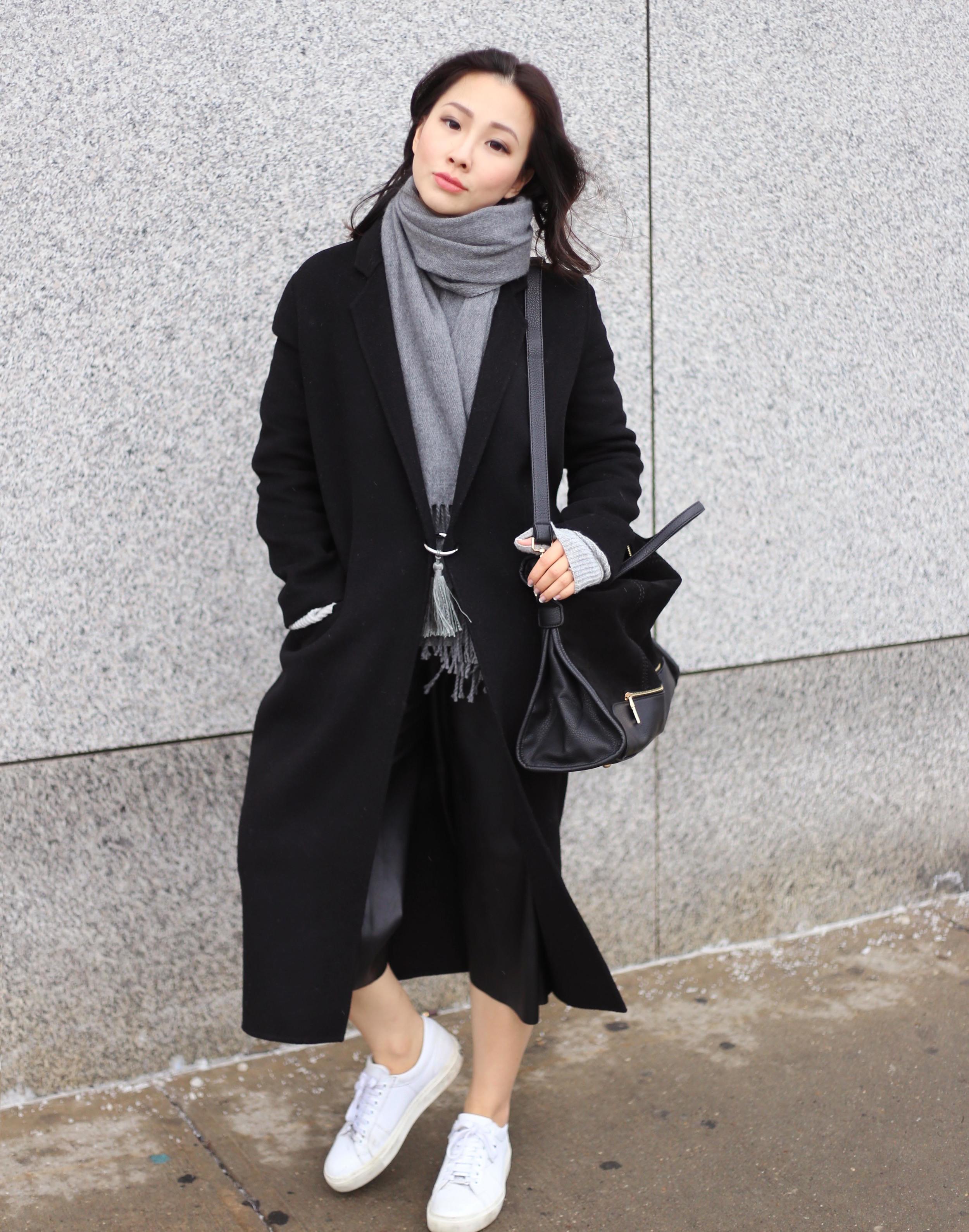 minimalistic fashion blogger.jpg