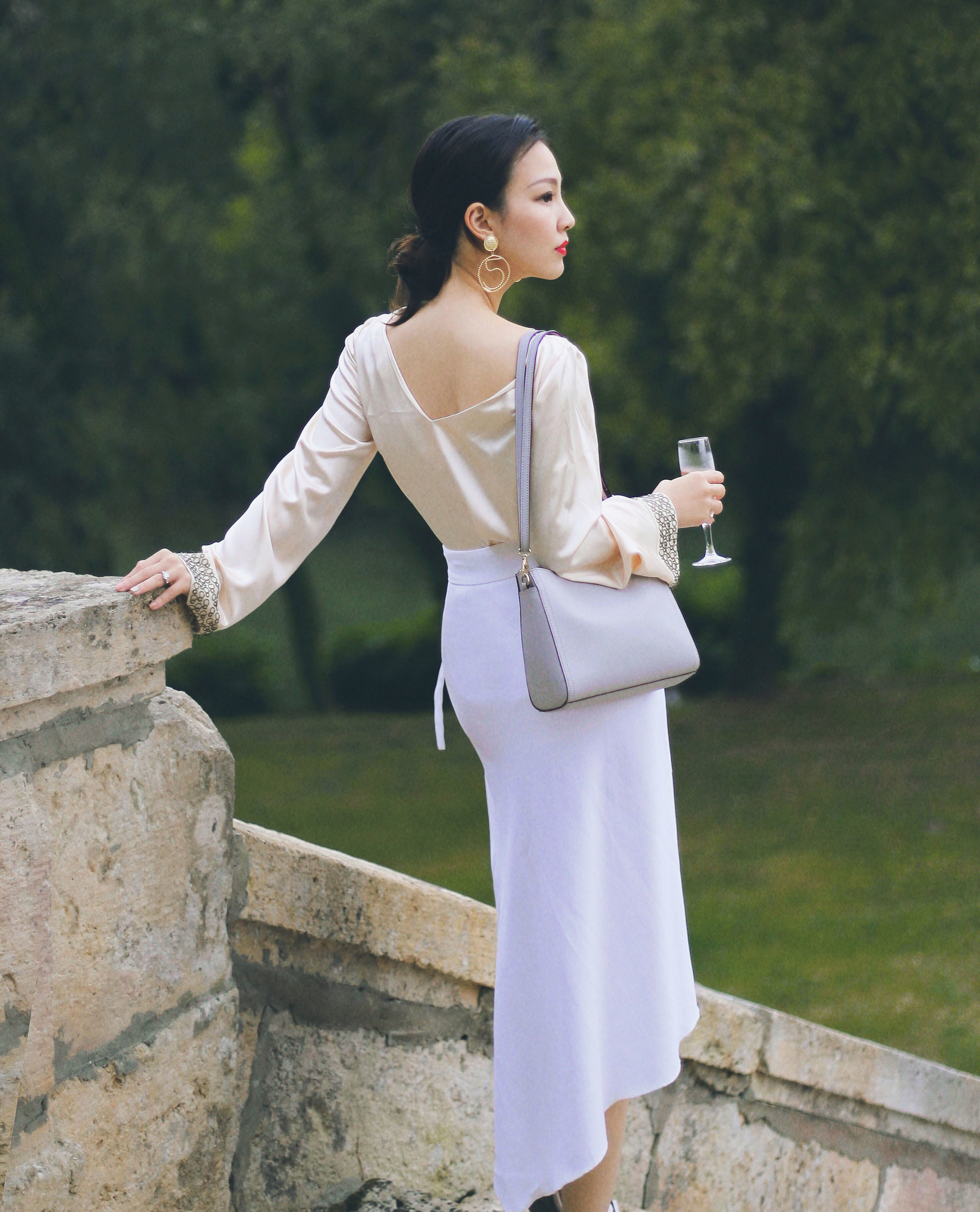 silk top and skirt outfit.JPG