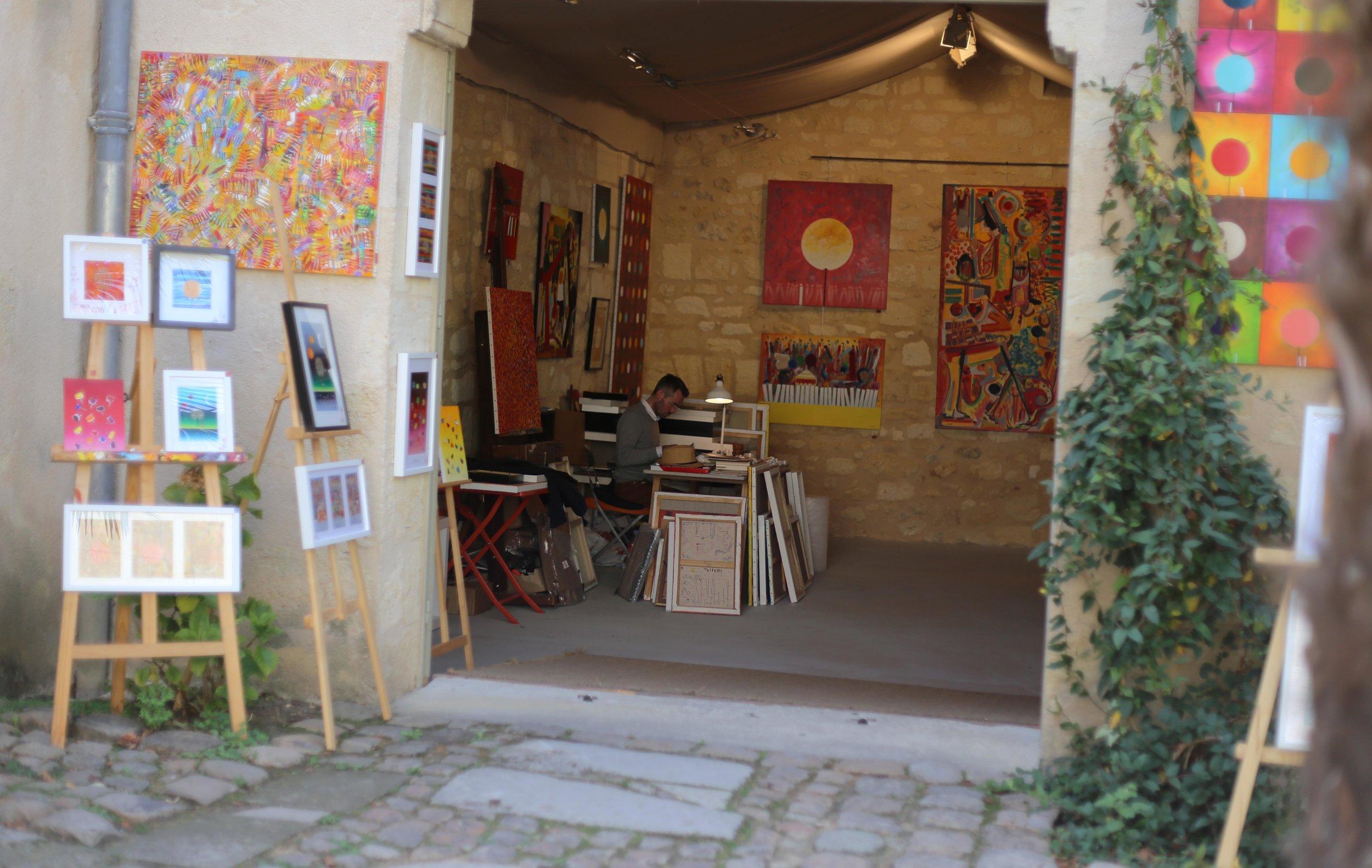 medieval village of Saint-Emilion bordeaux arts.JPG