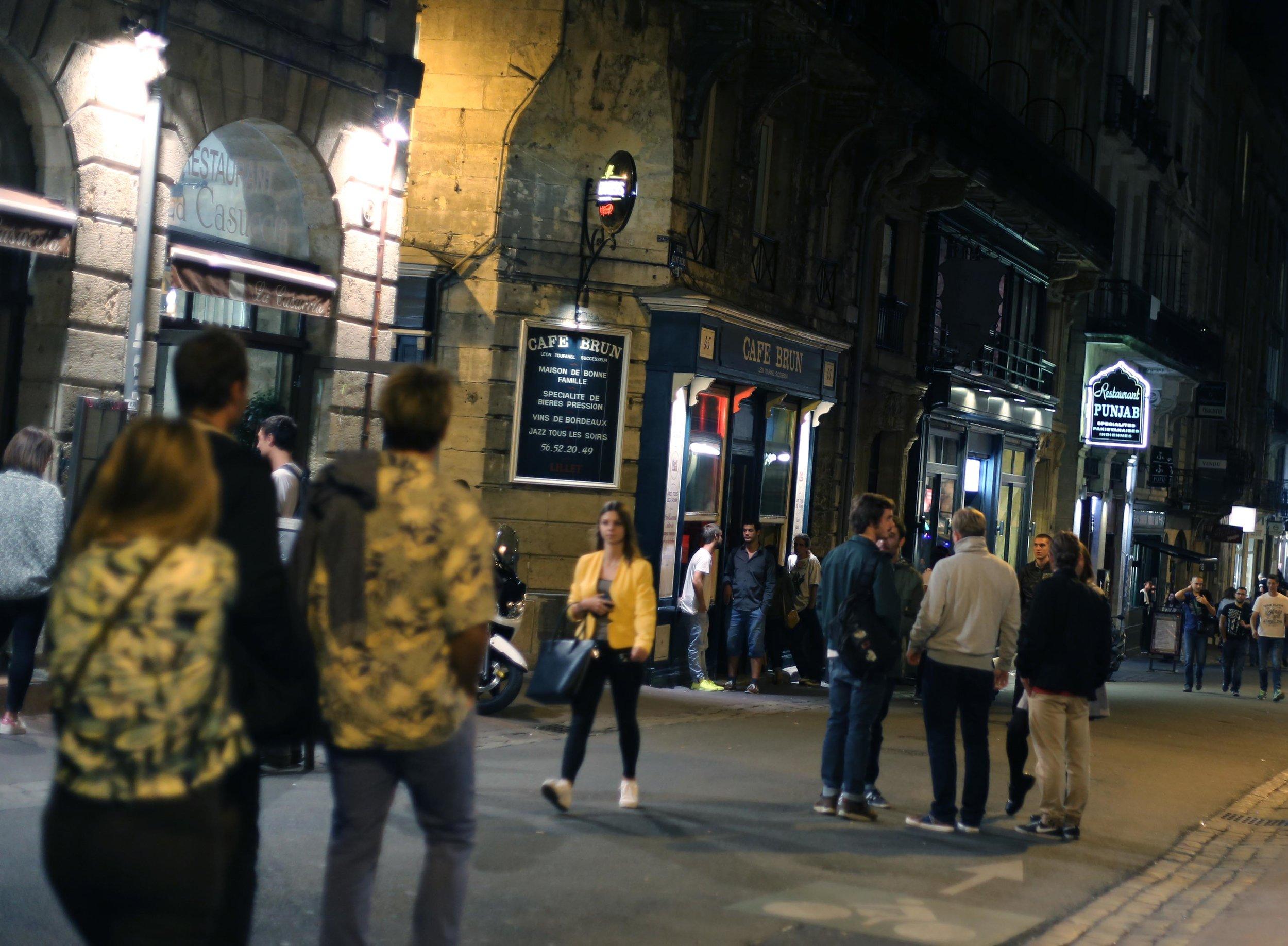 Bordeaux downtown street.JPG
