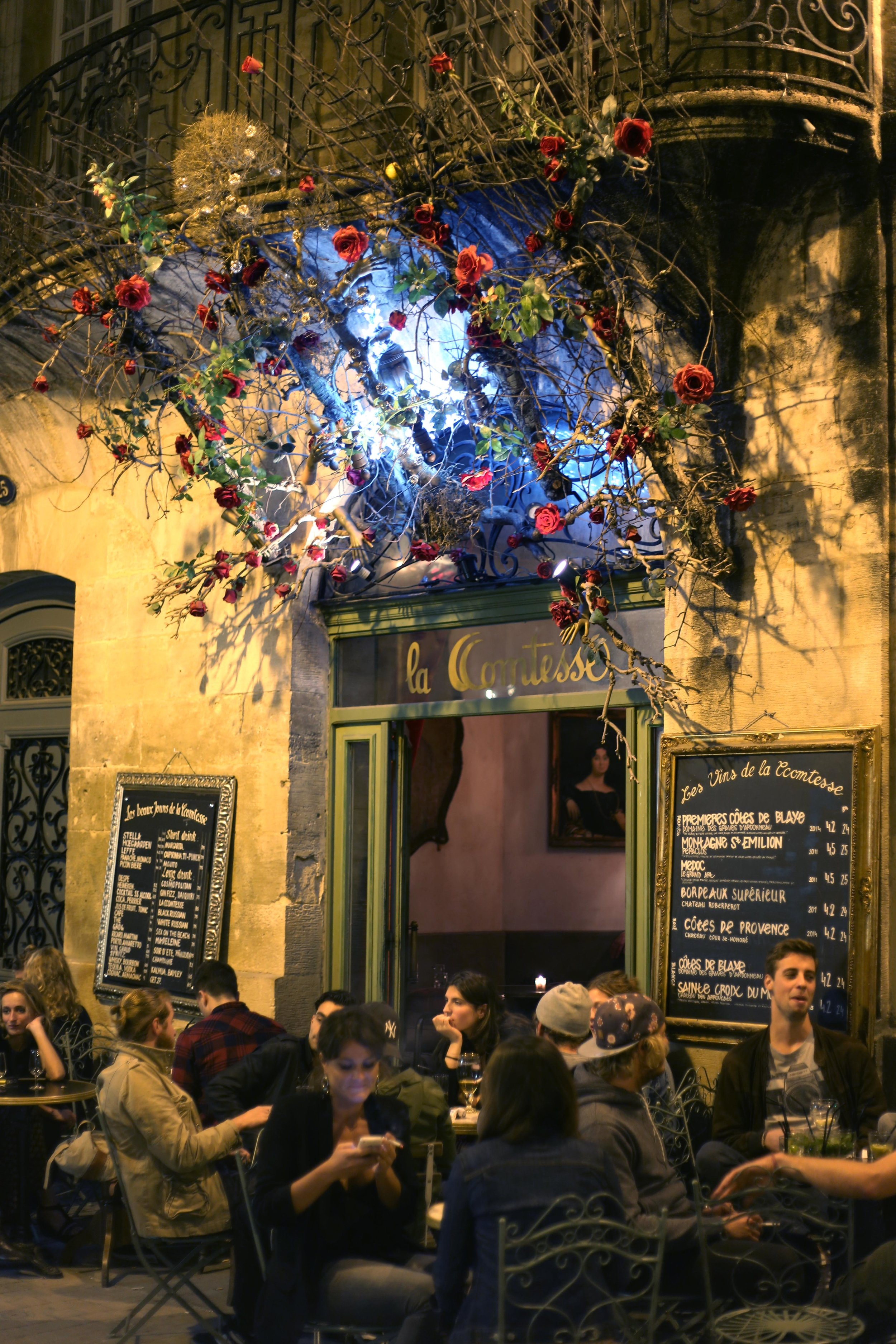 Bordeaux night life crowd.JPG