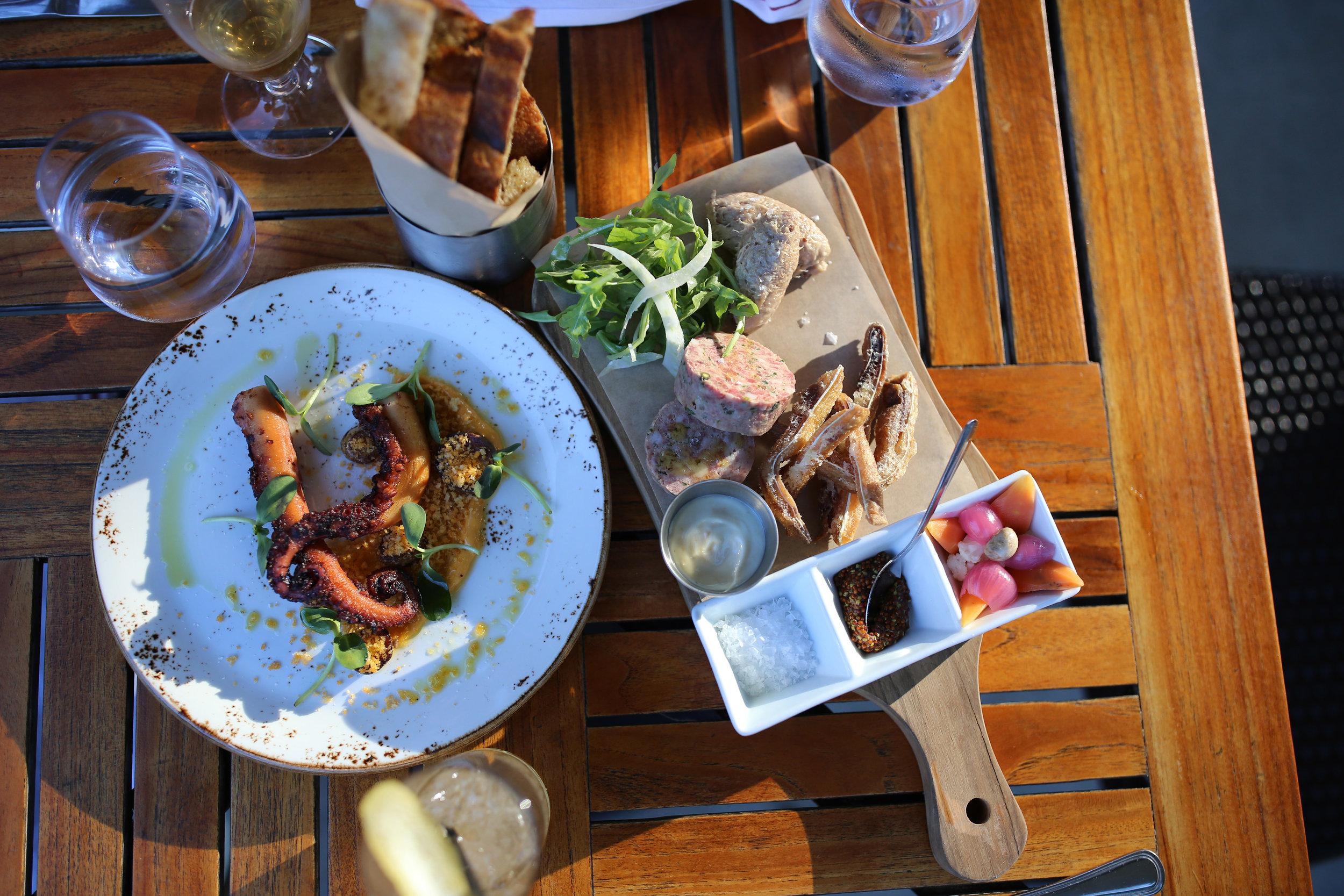 The roundhouse beacon NY bar food.JPG