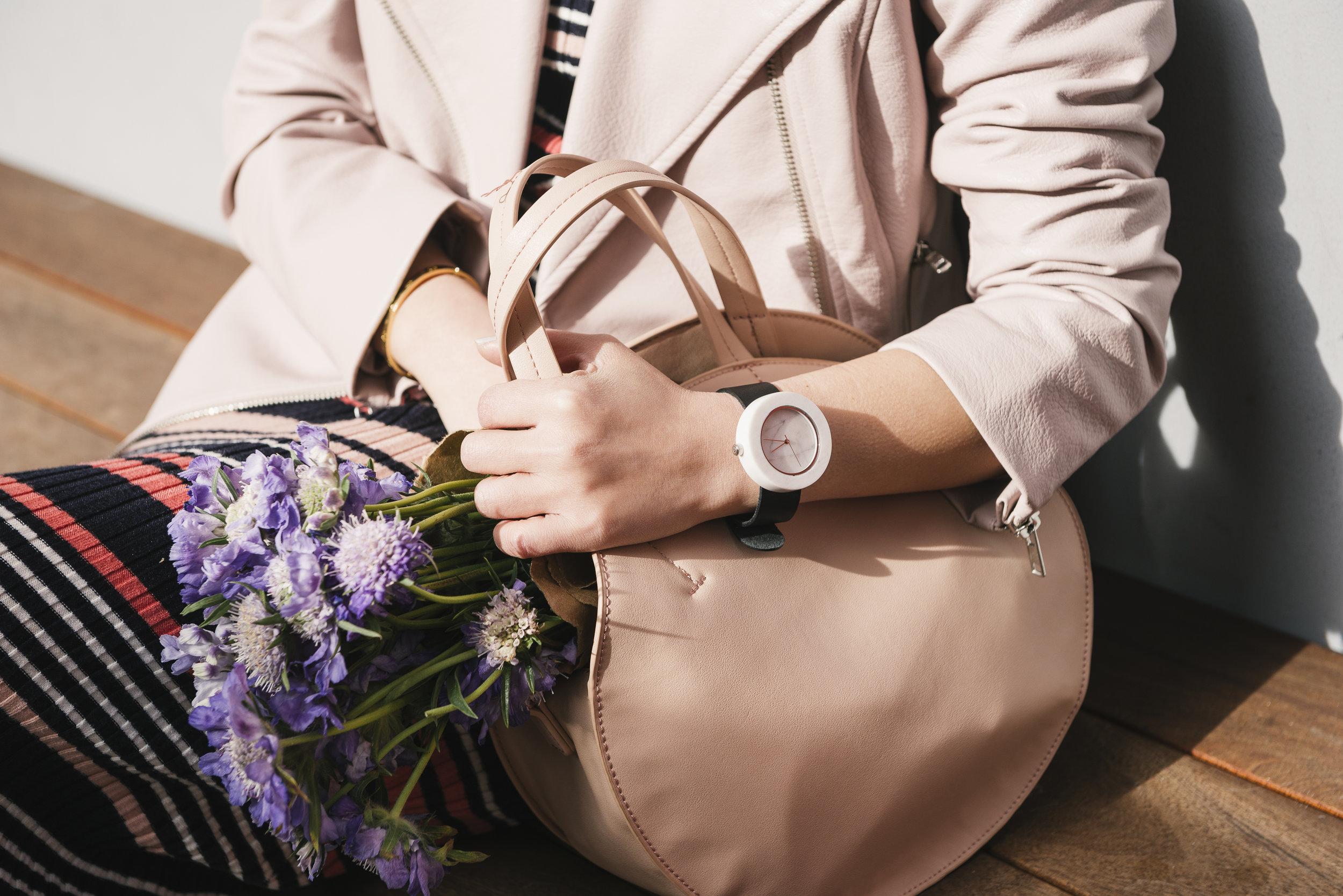 The shopping bag analog mason marble watch.jpg