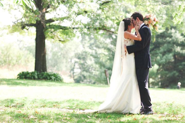 four+mounds+dubuque+Iowa+wedding20.jpg