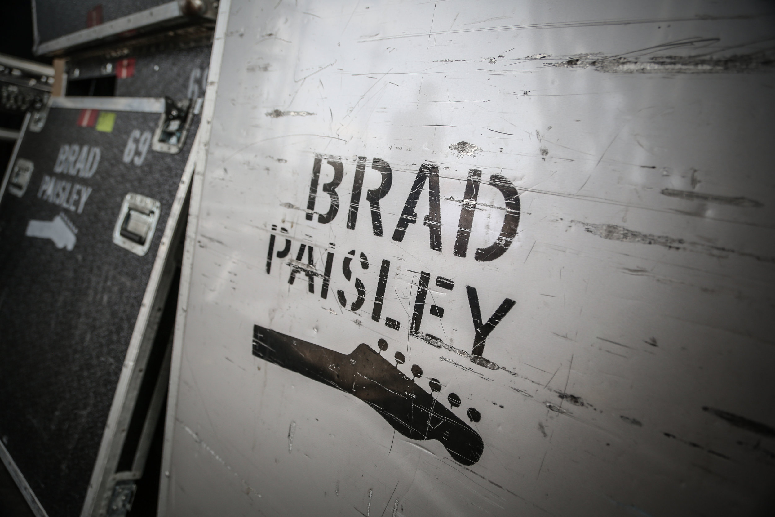 Landmarks Live_Brad Paisley_C7848 by Chris Bradshaw.jpg