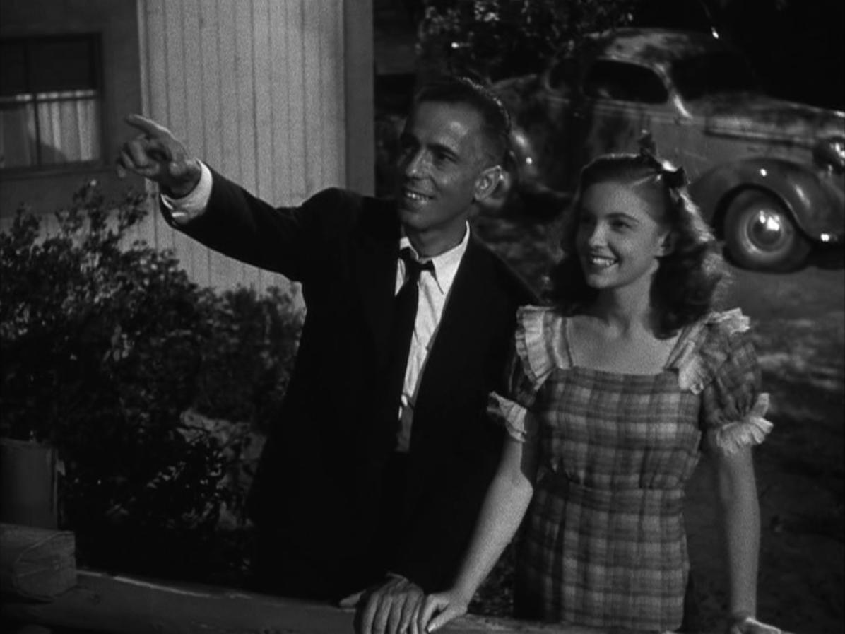 Joan Leslie with Humphrey Bogart in High Sierra (1941)