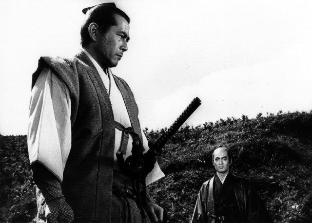 Toshiro Mifune (In foreground), Tatsuya Nakadai