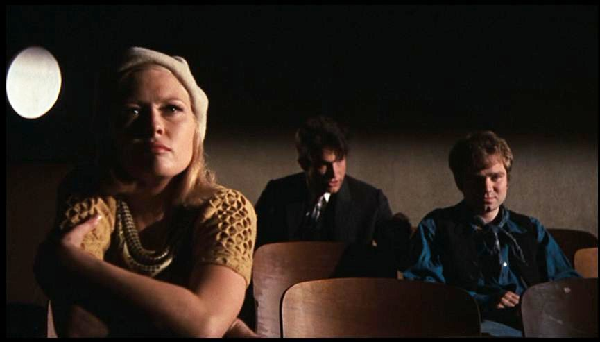 (From left) Faye Dunaway, Warren Beatty, Michael J. Pollard