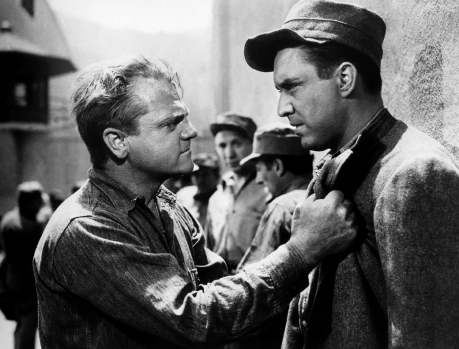 (From left) James Cagney, Edmond O'Brien