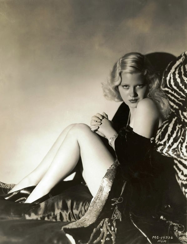 mary carlisle.jpg