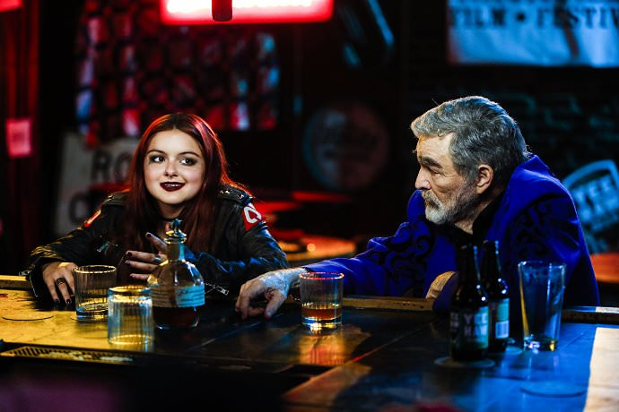 Ariel Winter and Burt Reynolds in THE LAST MOVIE STAR