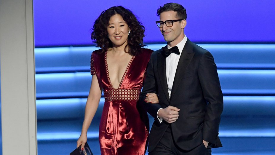 Golden Globe hosts Sandra Oh and Andy Samberg
