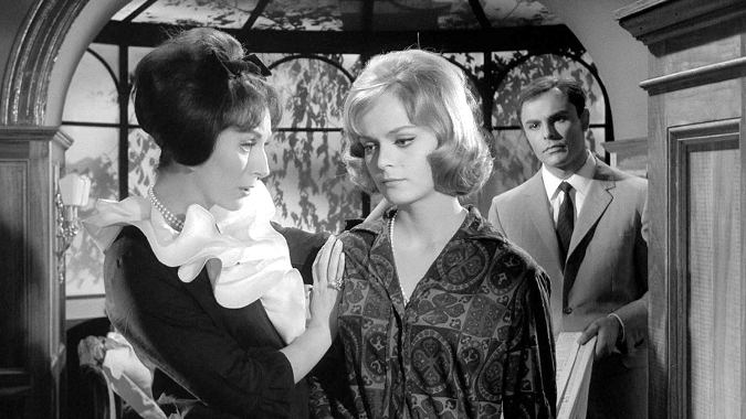 Valentina Cortese, Letícia Román, and John Saxon in THE EVIL EYE