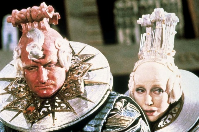 Robin Williams and Valentina Cortese in THE ADVENTURES OF BARON MUNCHAUSEN