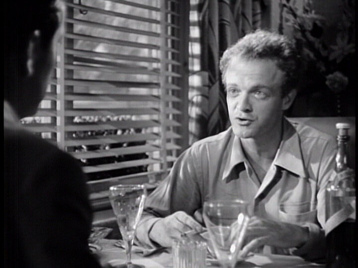 (From left) Robert Taylor, Van Heflin