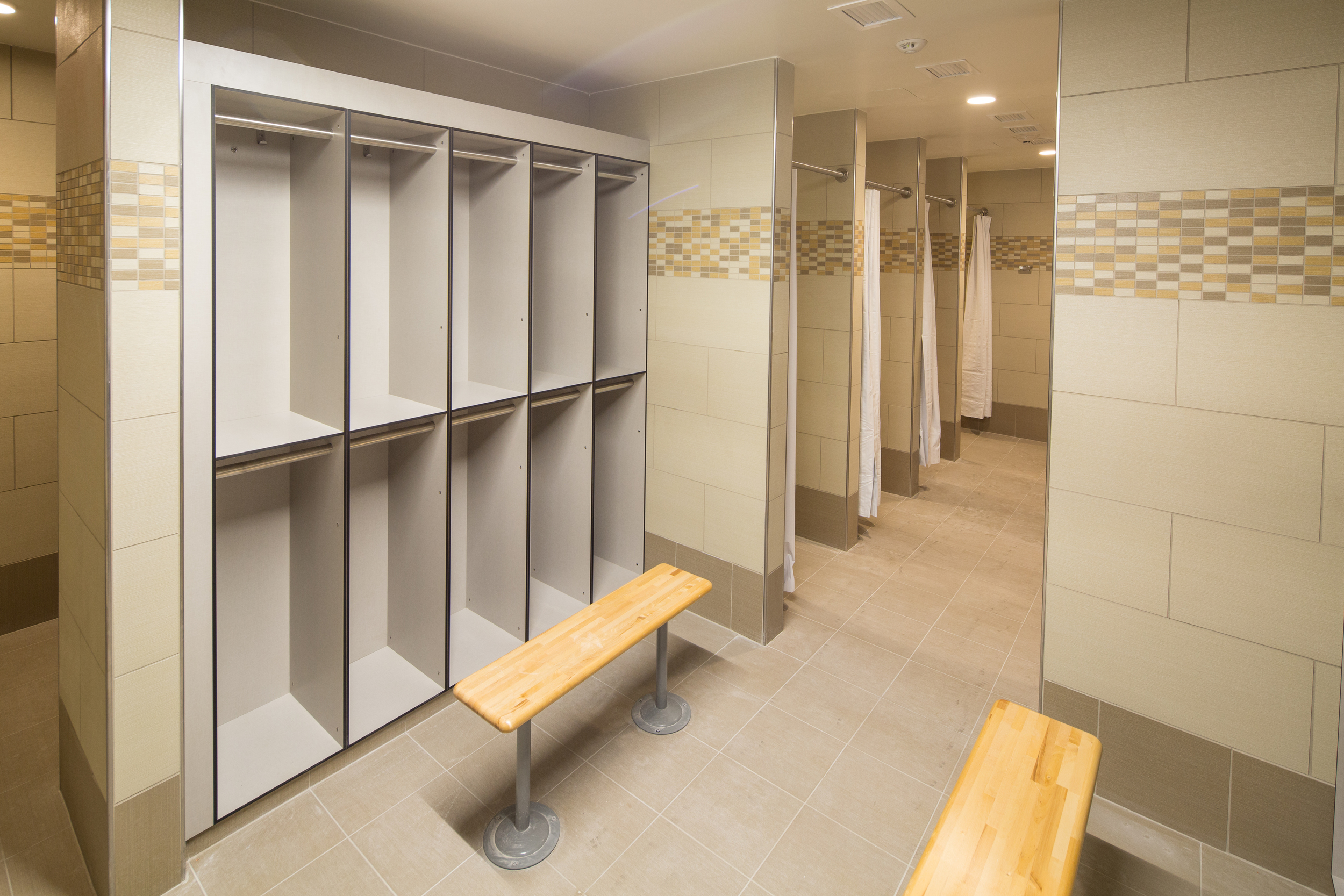 VM 27-15 Kokolakis_West Point_MacShort_bathrooms_0020.jpg