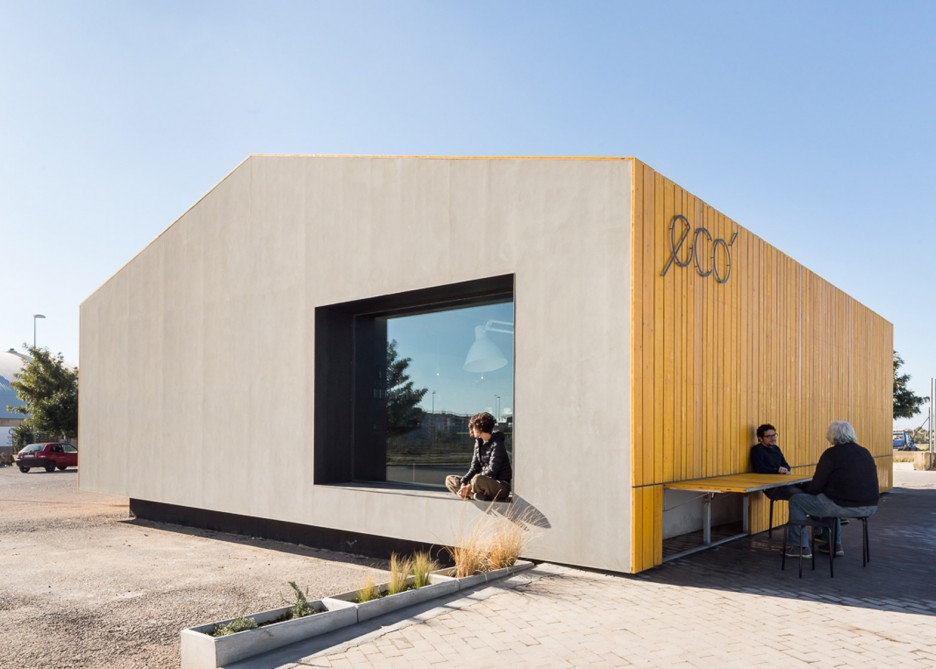 eco-bar-cafe-giuseppe-gurrieri-architecture-renovation-sicily-italy-filippo-poli_dezeen_1568_6-936x669.jpg