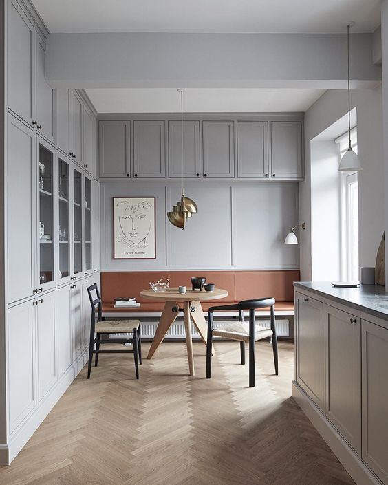 We propose white oak herringbone floors throughout in matte finish. -