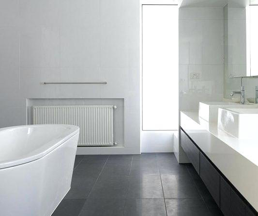 Another example of dark floors and white walls -