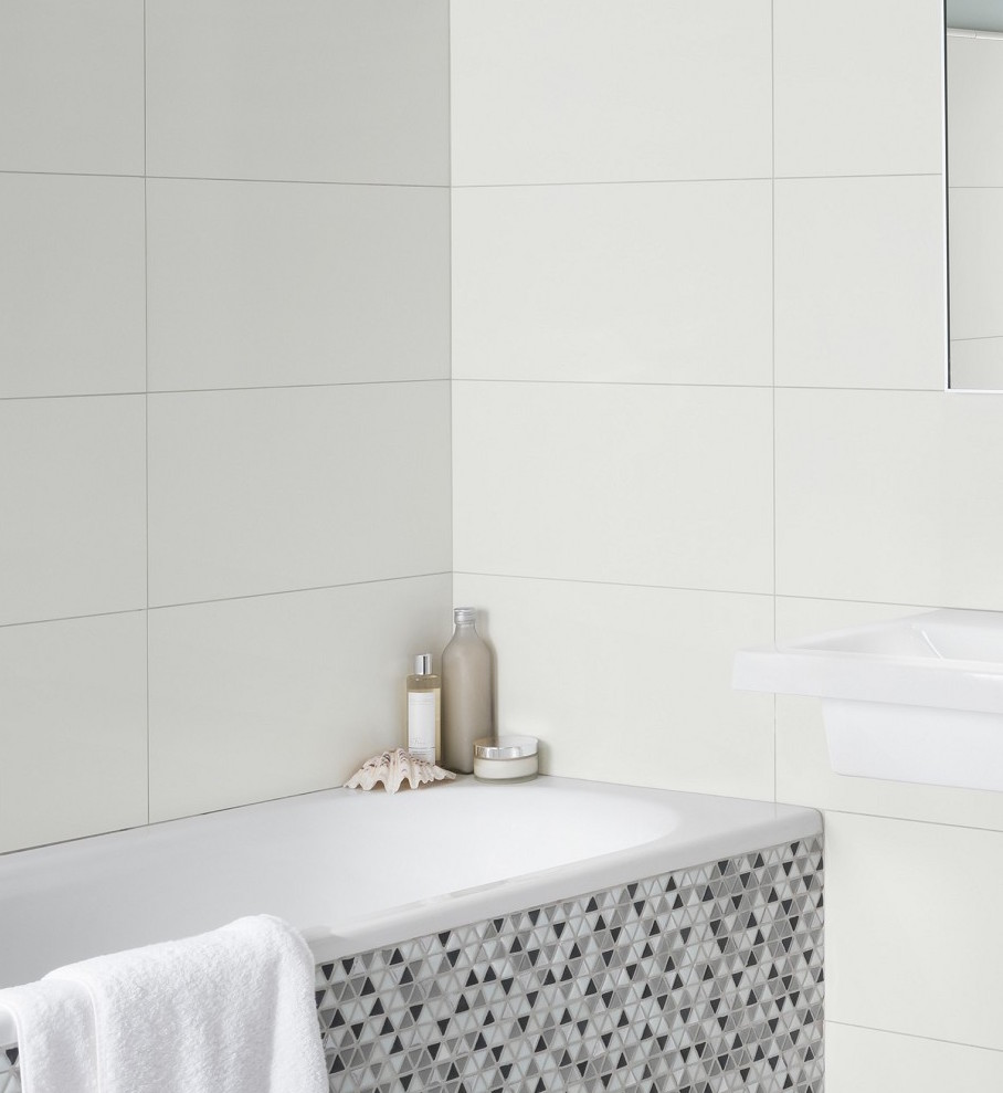 An example of large white wall tiles. -