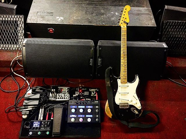 My whip for this tour has worked flawlessly and my tone has been killing every night! #blues #fender #line6 #texas #tour