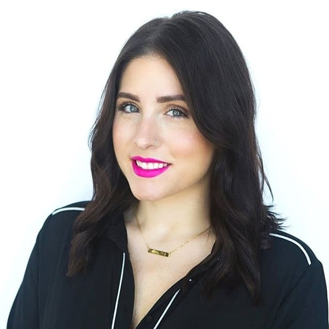 Happy 10 year anniversary, @erica_rachelle ! Thank you for being such a great addition to our team, we love and appreciate you! - XO The Sorella Team