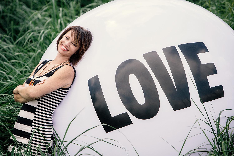LeannePedersenPhotographers-BigLoveBall-ErinCebula002.jpg