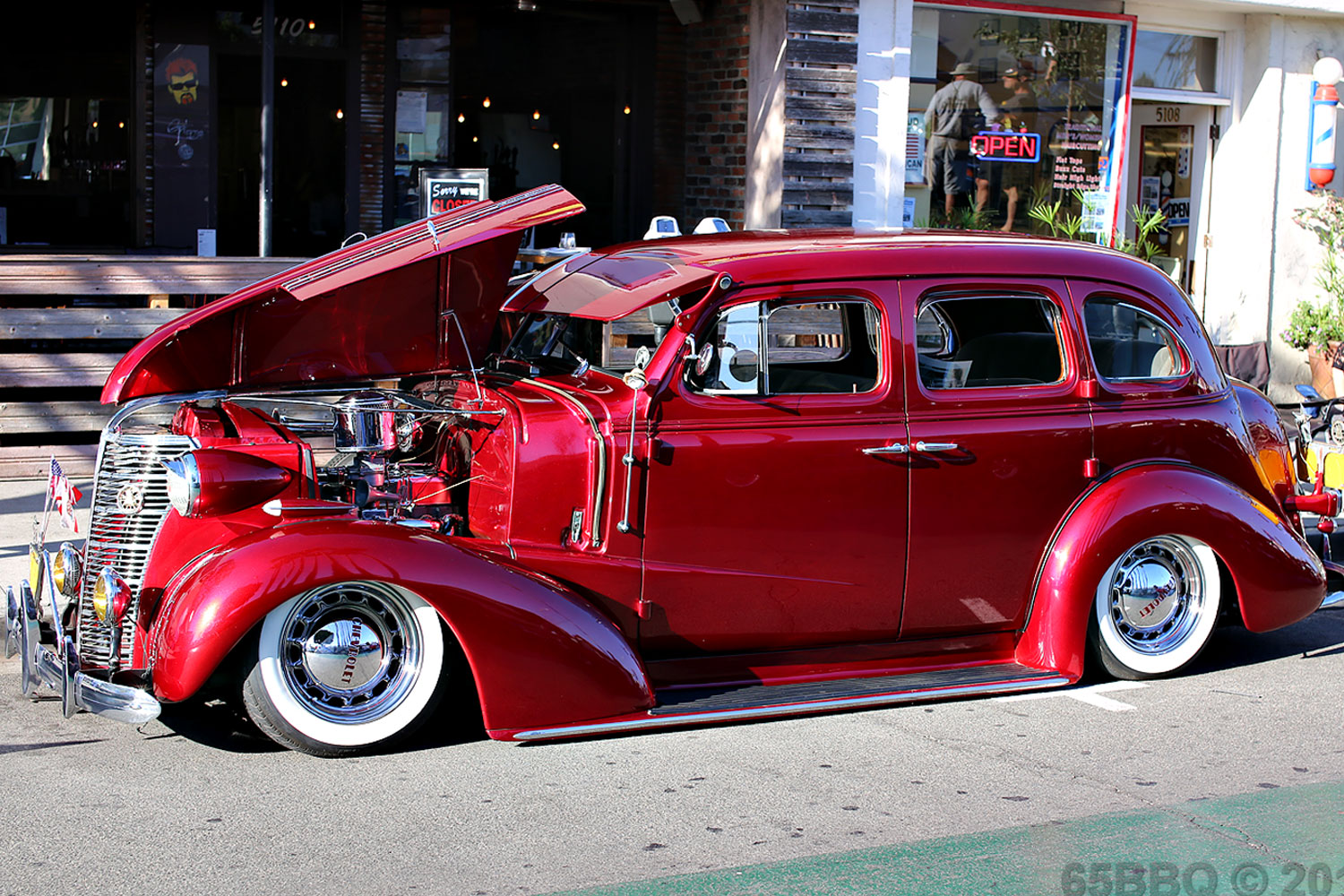 belmont-shore-15-in-red-65bbq.jpg