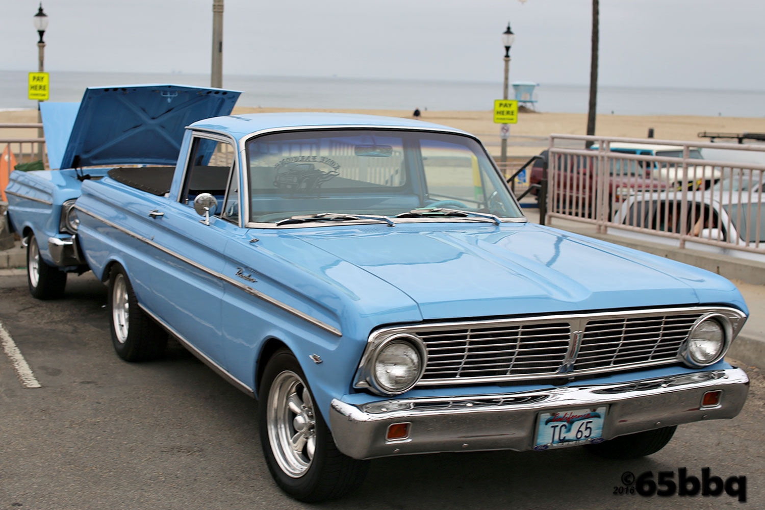 The Ranchero and the bulue q