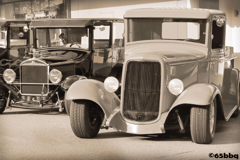 Orange Plaza Car Show 65bbq