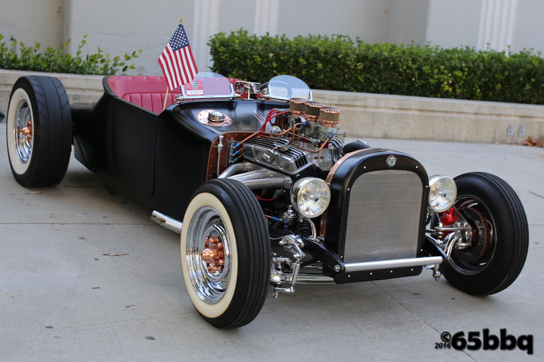 the-la-roadster-car-show-2017-65bbq-44.jpg