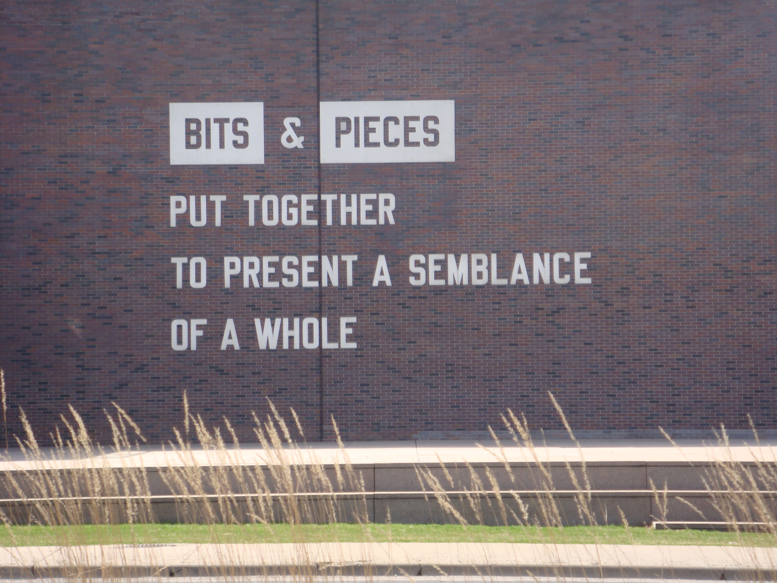 bits_n_pieces.JPG