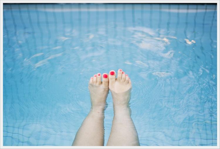 Helens+painted+toes.jpg