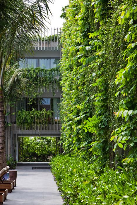 Naman-Retreat-the-Babylon-by-Vo-Trong-Nghia-Architects-_dezeen_468_0.jpg