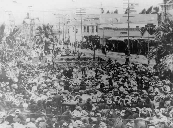 25,000 attendees packed the streets of San Leandro for the first Cherry Festival on June 5, 1909. Photo courtesy of the  San Leandro Historical Society.
