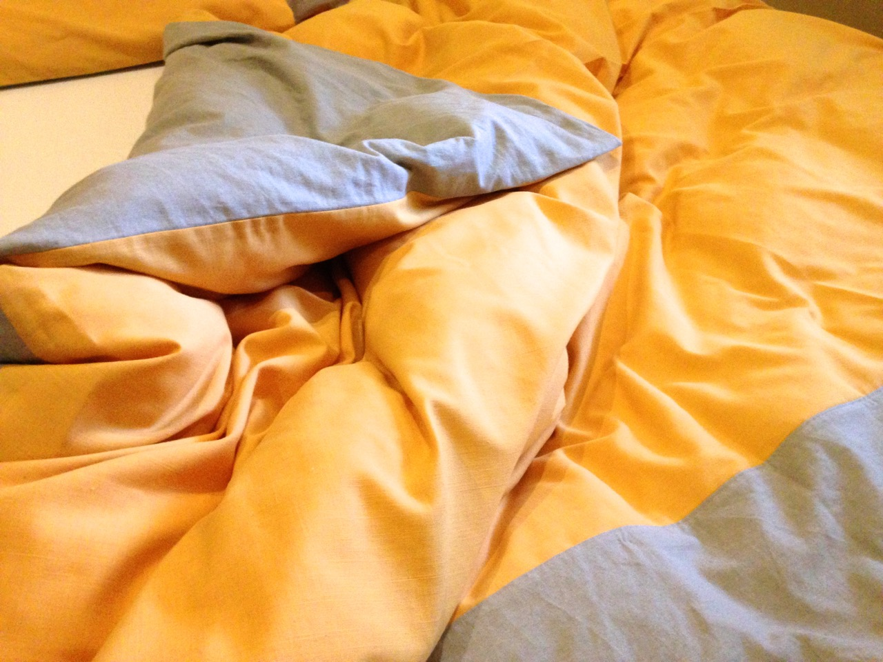 Handmade linen bed sheets tutorial